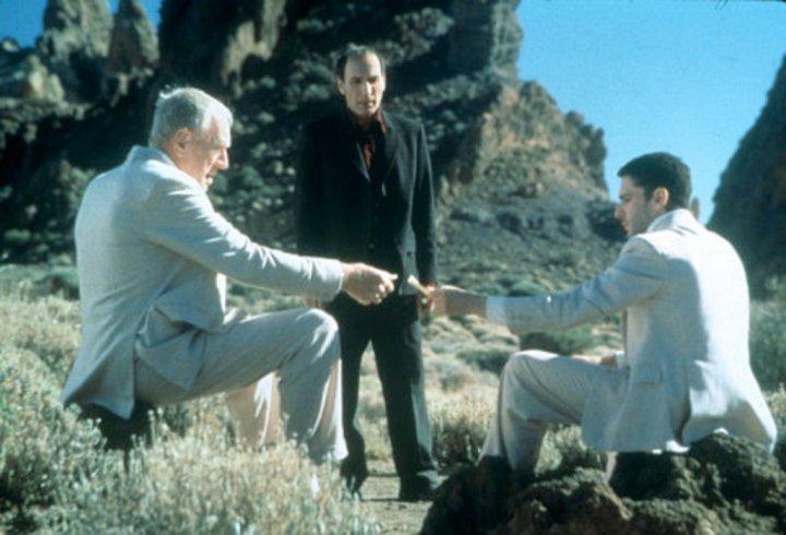 Scène du film Intacto avec Max Von Sydow