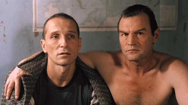 Piotr Mamonov et Piotr Zaitchenko dans Taxi Blues
