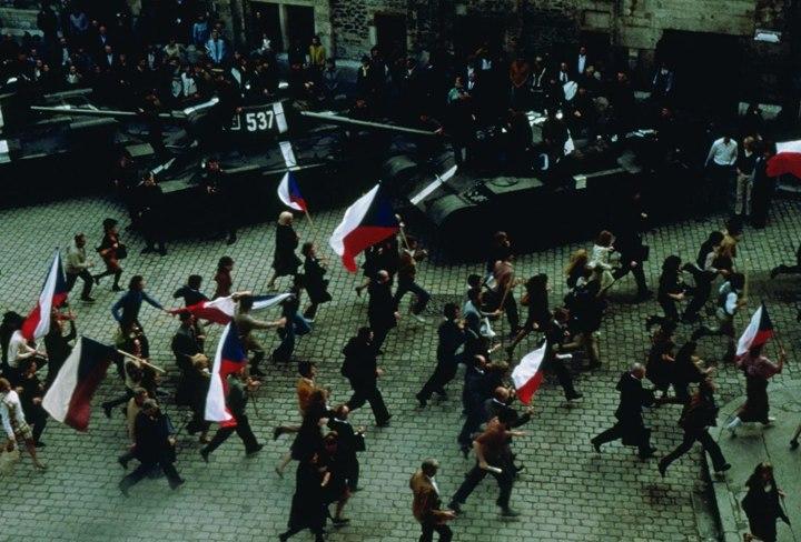 Le Printemps de Prague dans le film L'insoutenable légèreté de l'être